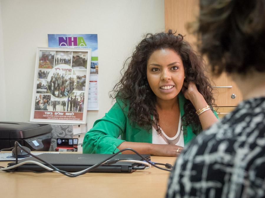 בנצ'עלם ארגאו, מנהלת מרכז, אשקלון | מקומי - להכיר את האנשים שחיים סביבנו